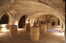 Historischer Weinkeller im Franziskanerkloster Frauenkirchen